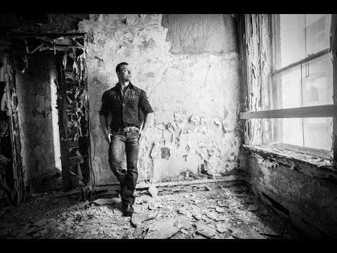 How to Pose a Man using natural light at the Abandoned Waldo Hotel by Jason Lanier w/ Sony A6000