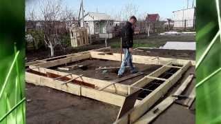 Строю домик на даче.как построить домик из газобетона.(Маленький домик на даче из газобетона.недостроил., 2012-03-30T07:24:17.000Z)