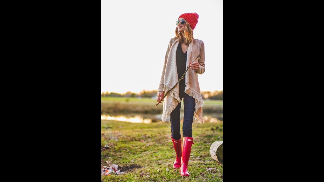 How to Style Hunter Boots LOOKBOOK - YouTube