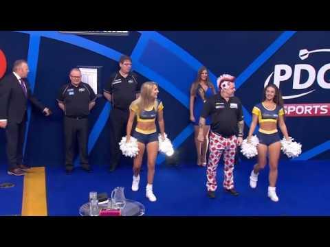 Peter Wright best Darts Walk On :-)