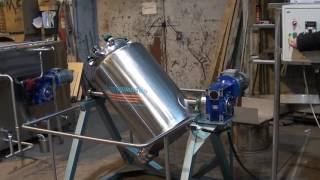 видео Реактор смеситель,Реактор с мешалкой,Смесительное оборудование