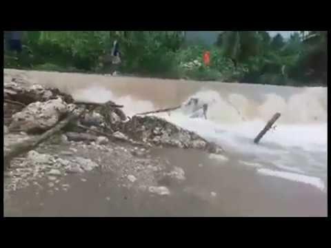 Tropical Cyclone Cook hits Port Vila, Vanuatu, April 2017 - Ciclón Tropical