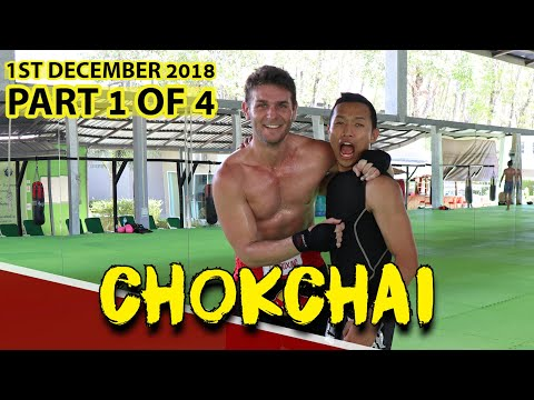 CHOKCHAI MUAY THAI TRAINING (PART 1 OF 4) | FITNESS STREET VLOGS