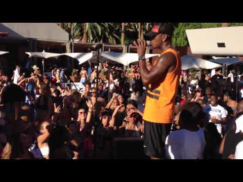 Ne-Yo Performs Live at Bare Pool Lounge in Las Vegas on 9/2/12