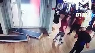 Массовая драка в магазине Adidas в Москве