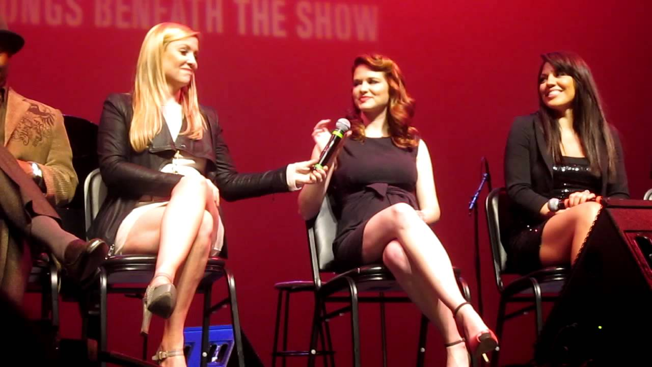 jessica capshaw and sara ramirez q amp a at the grey s concert benefiting the actors fund   youtube