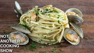 how to make SPAGHETTI ALLE VONGOLE