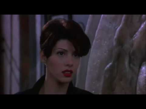 Only You 1994 film Robert Downey Jr & Marisa Tomei kissing