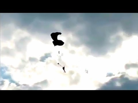 Friday Freakout: This Skydiver's Insanely Low Cutaway Below 300 Feet Is Cray-Cray-Crazy!