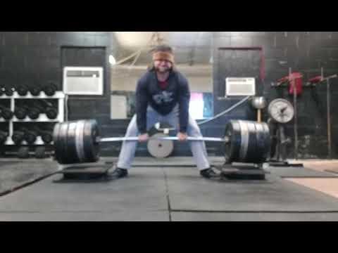 Post squat Block pulls. 550 sumo.