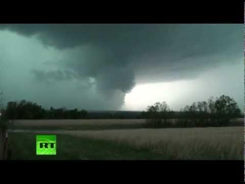 Tornadoes kill 9 in Arkansas and Oklahoma