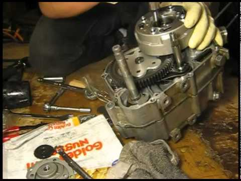 Honda ATC 70 Engine, Z50 top end rebuild - YouTube