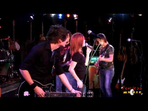 Paramore - Pressure - Live On Fearless Music HD