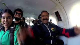 Tandem skydive with outside camera
