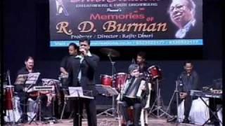R. D Burman live Show song Wadiya Mera Daman - Abhilasha (Ramesh Rane).wmv