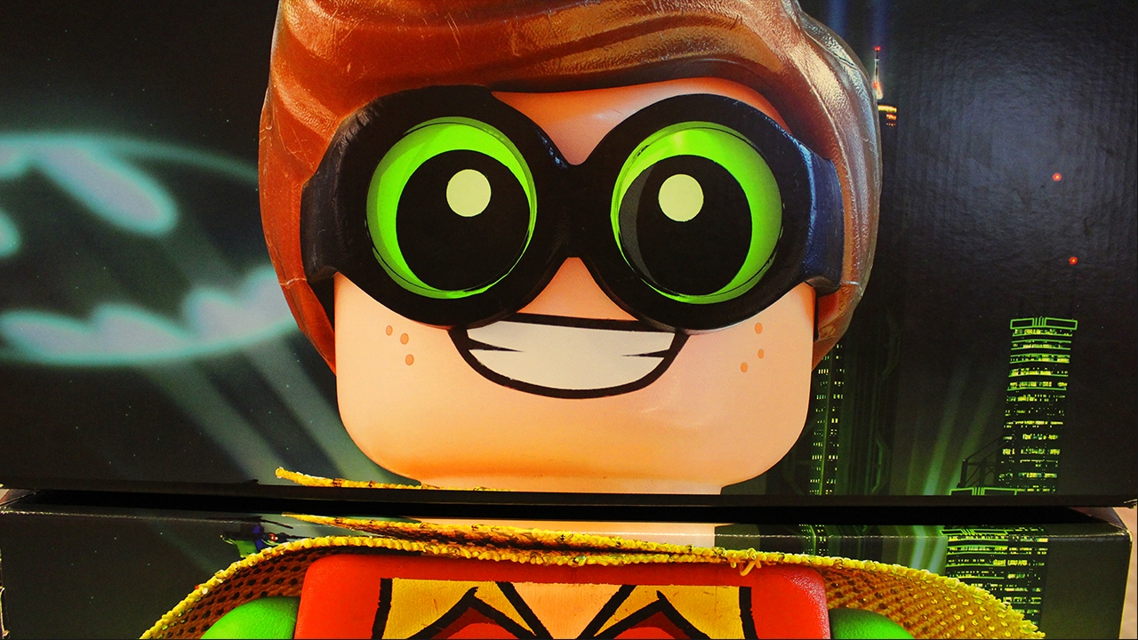 LEGO BATMAN MOVIE - Robin - New Kids TV