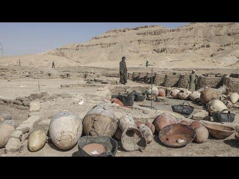 فيديو: مصر تعرض اكتشافها الجديد لمدينة -مفقودة- يفوق عمرها 3 آلاف سنة…  - نشر قبل 37 دقيقة