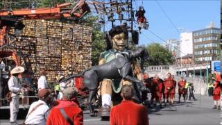 Royal De Luxe's little girl and Xolo the Dog giants in Liverpool
