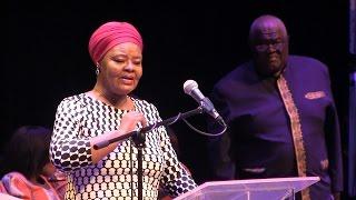 Repeat youtube video Watch Cynthia Shange's brutally honest speech at Joe Mafela's memorial