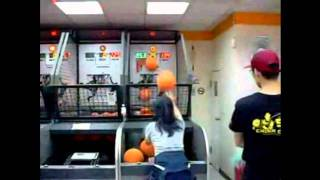 Game | Crazy Asian Girl Pop a Shot Arcade Basketball Game Record 114 Made Shots in a Row | Crazy Asian Girl Pop a Shot Arcade Basketball Game Record 114 Made Shots in a Row