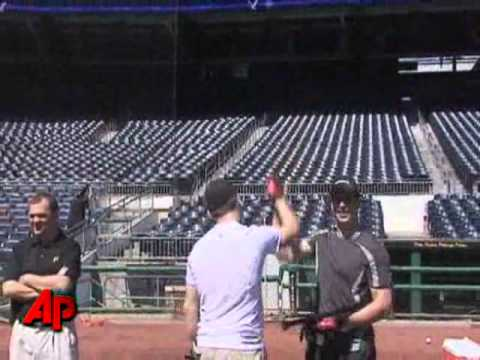 Raw Video: Crosby Homers in Batting Practice