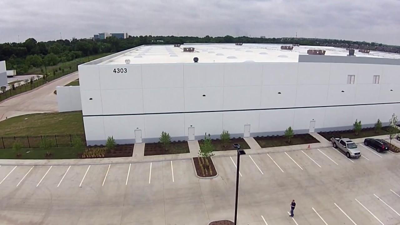 Mercedes benz parts warehouse post construction cleaning for Mercedes benz parts warehouse