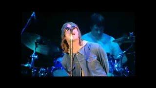 Oasis - Live Forever (Live at Wembley 2000)