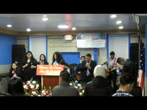 Aniversario de la iglesia jovenes cristianos de ozone park  junto a los pastores   Wilfredo y Dalind
