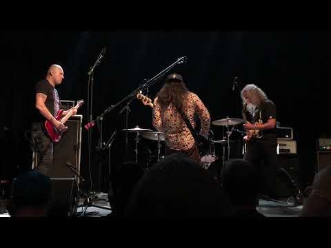 Watch the Wedding Band, Featuring Metallica's Kirk Hammett and Robert Trujillo, Jam Black Sabbath, Kool & the Gang Covers | Guitarworld
