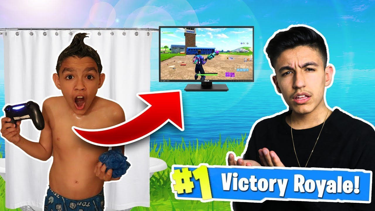 10 Year Old Little Brother Wins A Game Of Fortnite While Taking A Shower! (Victory Royale)