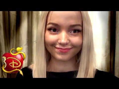 Dove Cameron Spills Descendants Secret?! 😲 | Descendants