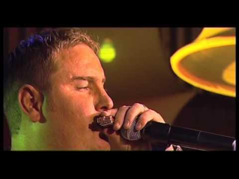 Zak van Niekerk - Swinging Safari  (LIVE) (OFFICIAL VIDEO)