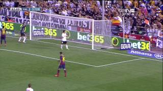 Amazing Neymar Pass to Messi 2013(Amazing Neymar Pass to Messi Valencia vs Barcelona 2-3 Valencia vs Barcelona 2-3 Valencia vs Barcelona 2-3 Valencia vs Barcelona 2-3 Valencia vs ..., 2013-09-02T08:27:10.000Z)