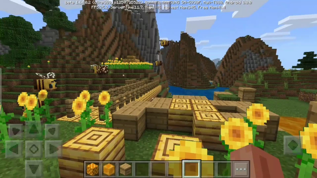 So I made a Bee Farm in Minecraft... - YouTube