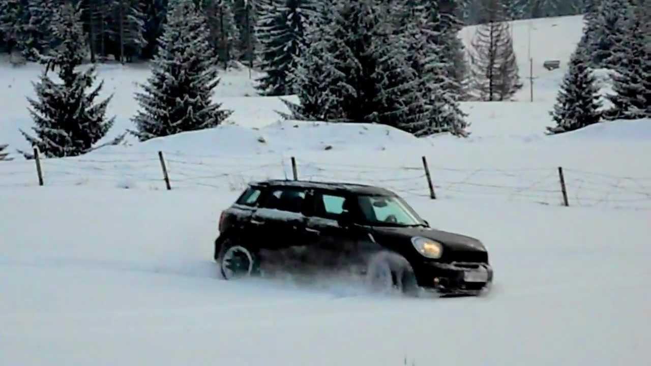 Mini Countryman Cooper S All4 Auto In Snow 1 Youtube