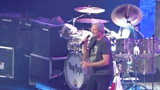 Download Deep Purple en Santiago - Space Trucking - 08DIC17 MP3 song and Music Video