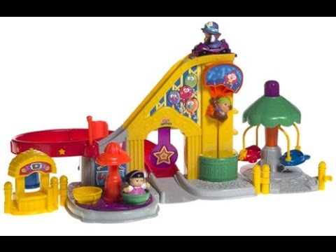 Fisher-Price Little People Surprise Sounds Fun Park & Musical Ferris Wheel Playset