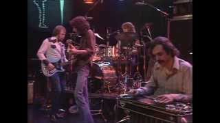 Emmylou Harris & The Hot Band. 'Luxury Liner'. Live 1977.