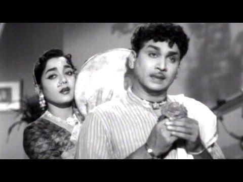 Mooga Manasulu Songs - Mudda Banthi Puvvulo - Akkineni Nageswara Rao, Jamuna, Savitri, Ghantasala