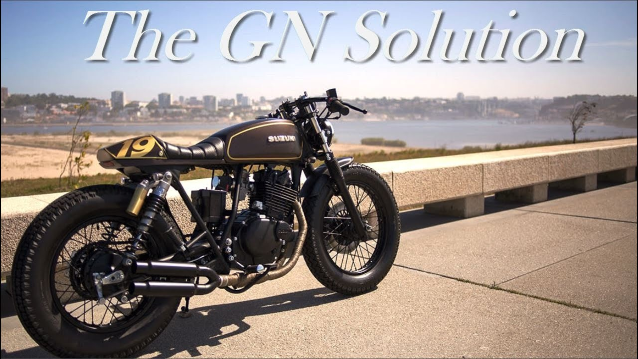 cafe racer suzuki gn 250 by dream wheels heritage youtube. Black Bedroom Furniture Sets. Home Design Ideas
