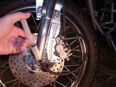 How Do You Bleed Brakes >> Bleeding Motorcycle Brakes Reverse Bleed How To