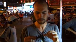 Türk'ün Kamboçya'da Böcek ve Sürüngenle İmtihanı (Akşam Yemeği)