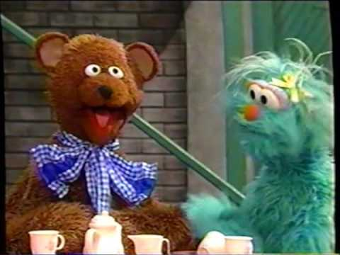 Sesame Street (#3706): Baby Bear Becomes a Teddy Bear