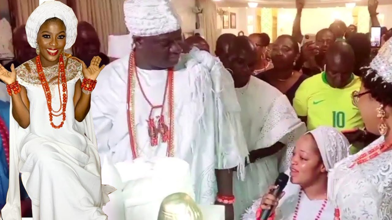 Download SEE HOW OONI OF IFE NEW WIFE AND OLORI NAOMI SURPRISE OONI OF IFE ON HIS 47TH BIRTHDAY