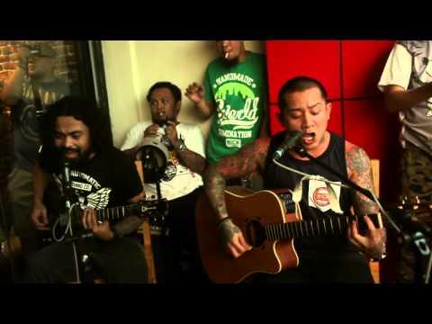 Urbandub - Soul Searching (Acoustic)