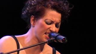 An Evening with Neil Gaiman and Amanda Palmer - Mini-Documentary Part 1/2