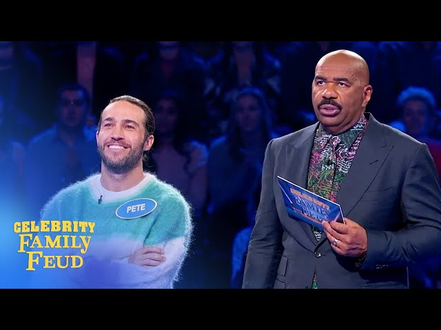 Fall Out Boy plays Fast Money! | Celebrity Family Feud