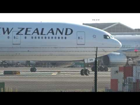 Air New Zealand Boeing 777-319ER ZK-OKN LAX Takeoff 24L