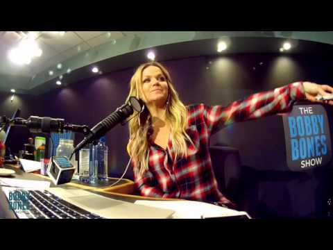 Amy Takes A Pregnancy Test Live On The Air