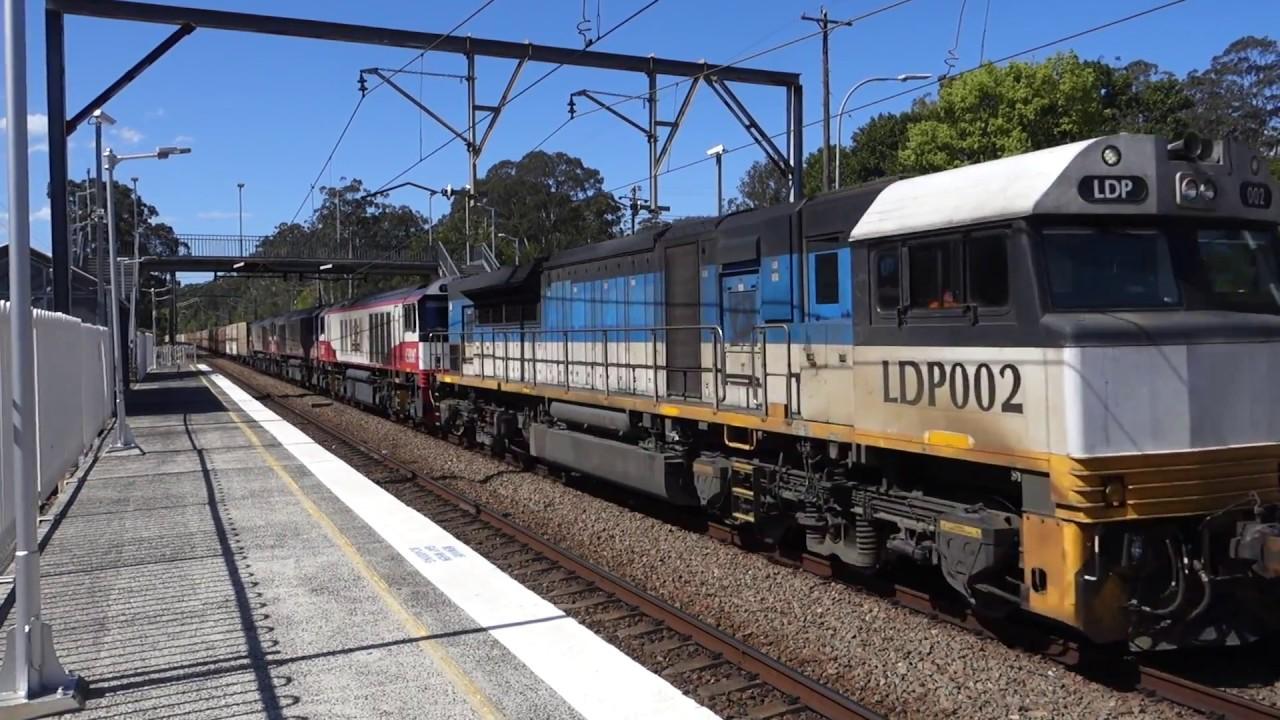 LDP002 leads three CSR's with SCT Logistics 6BM9 - 29/9/18